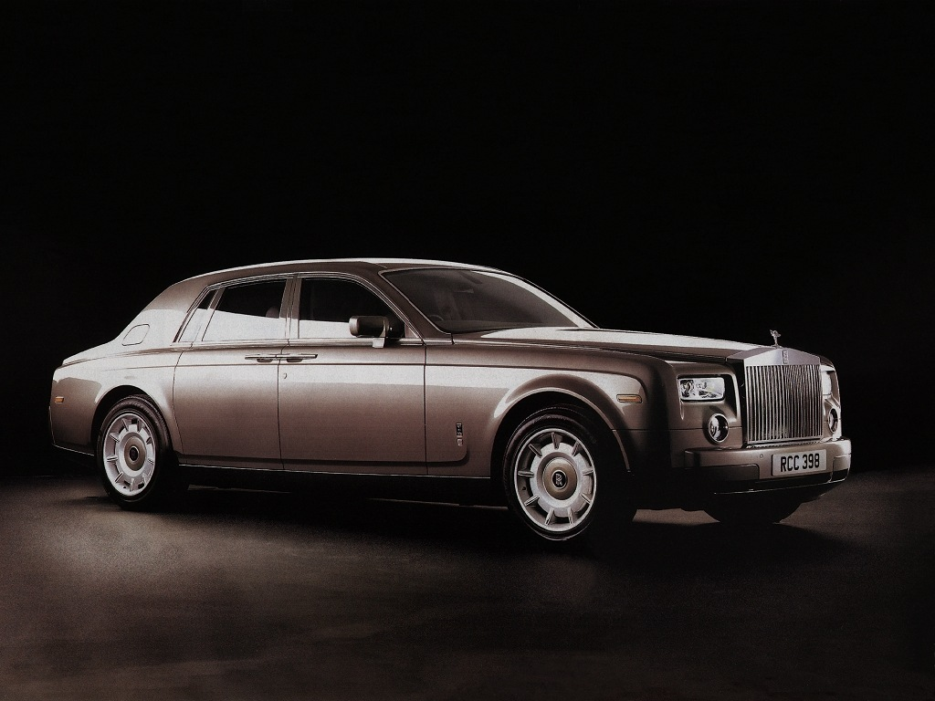 http://www.bergoiata.org/fe/voiture-sport-90/The%20New%20Rolls-Royce%20Phantom.jpg