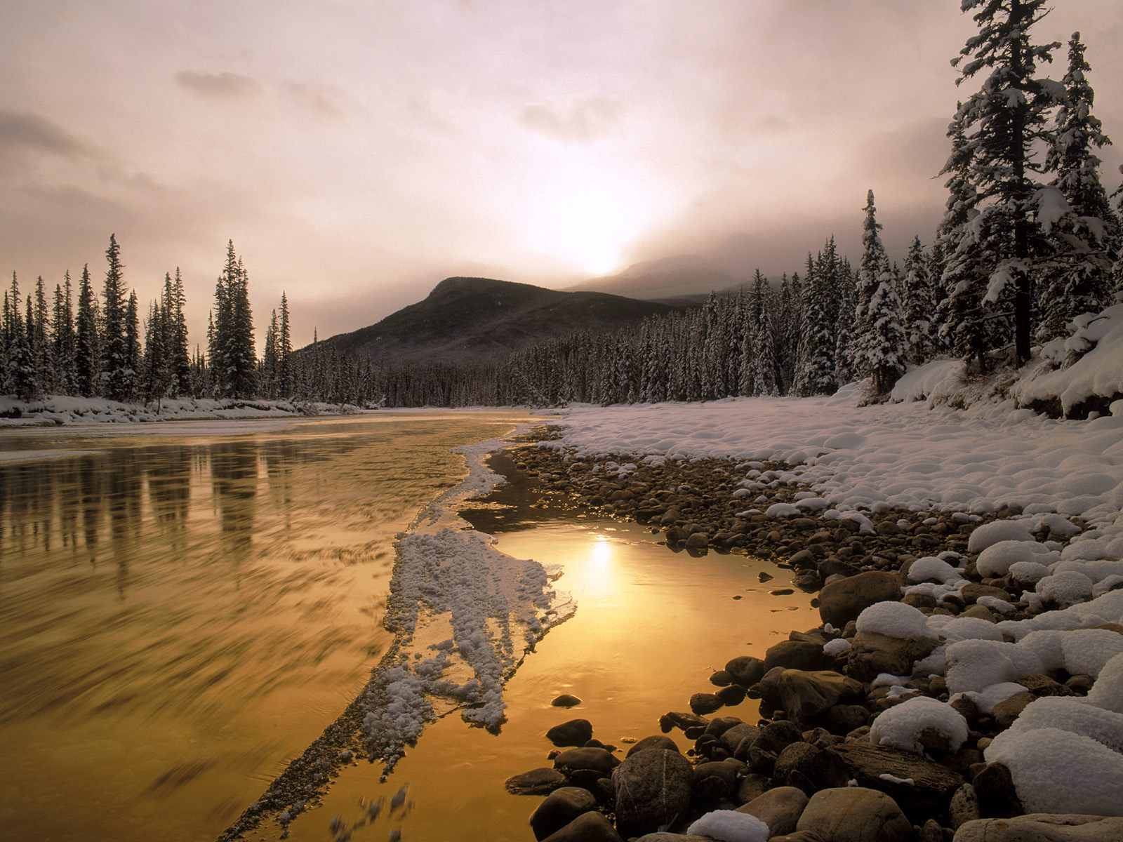 Bow River, Rocky Mountains, Canada, winter, mountains
